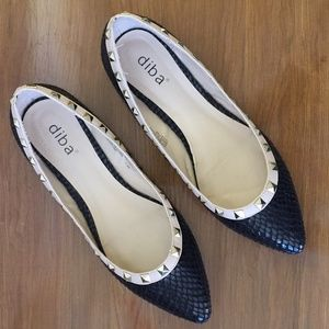 diba Women Black Studs Flat Shoes with Size 7.5